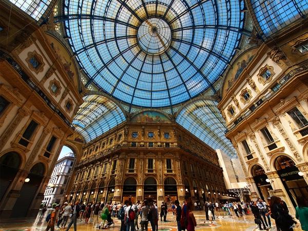 Nuova Accademica di Belle Arti, Milan