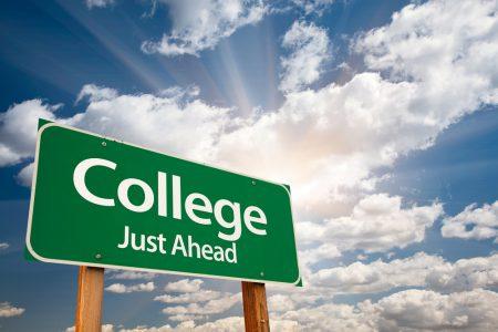 Universitas Negeri Favorit