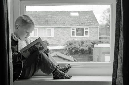 Mendidik Anak agar Menjadi Cerdas