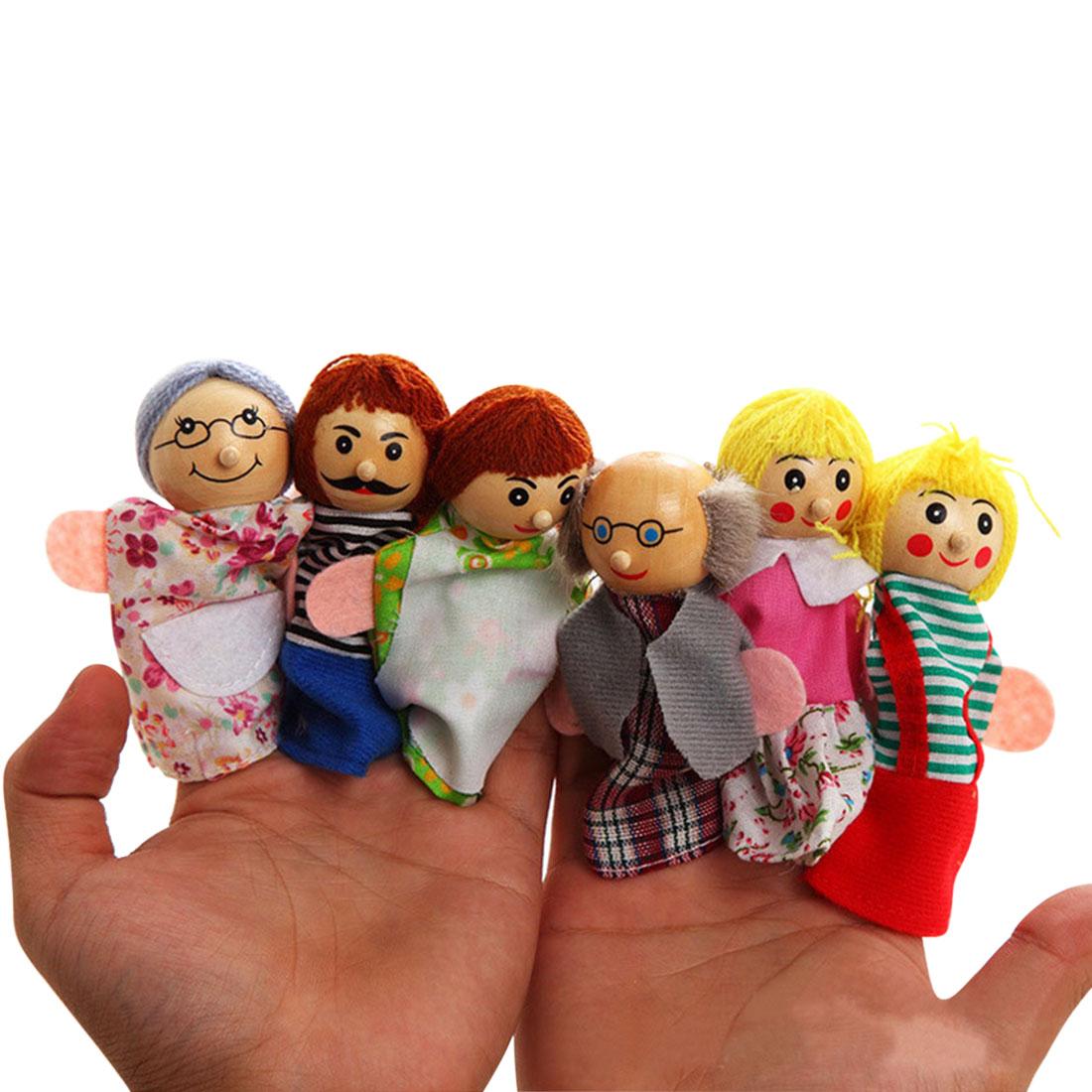 Bercerita dengan Boneka