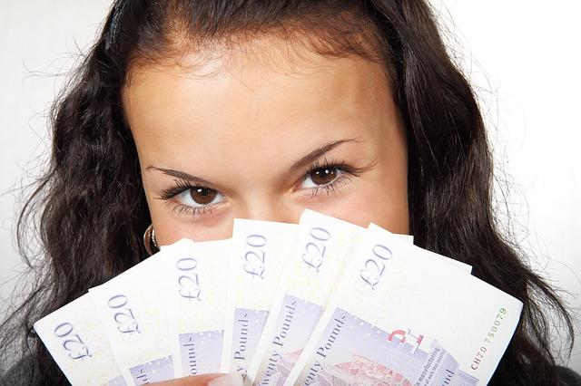 Kenalkan anak dengan uang