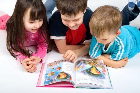 Membaca Cerita akan Melatih Anda Menangkap Pesan Moral dari Setiap Peristiwa