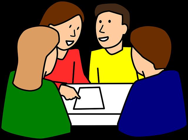 Berdiskusi dengan pihak sekolah