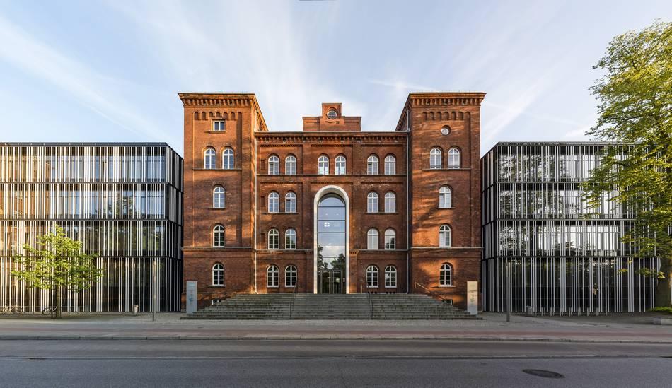 Hamburg University - hamburg-news.hamburg.com