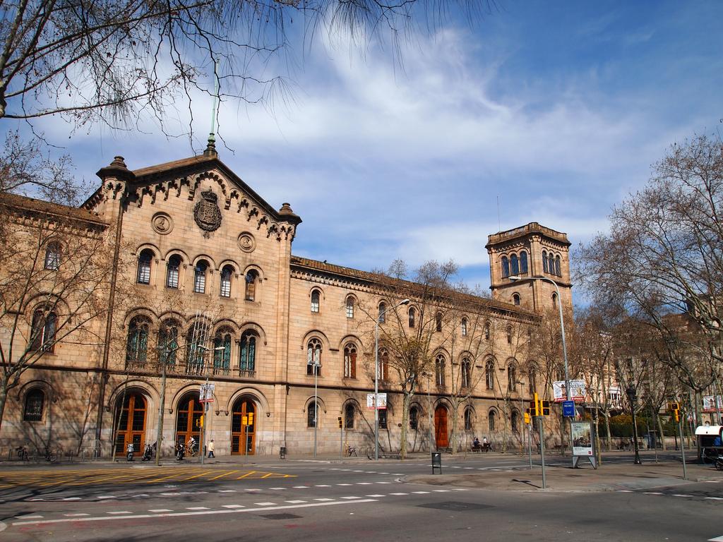 Universitas Terbaik di Spanyol