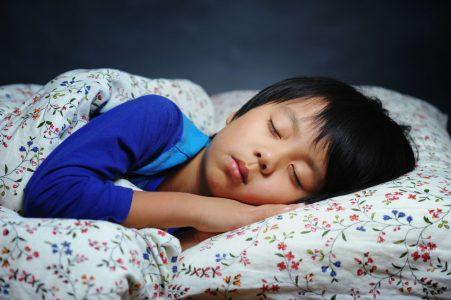 Anak Tidur Tepat Waktu