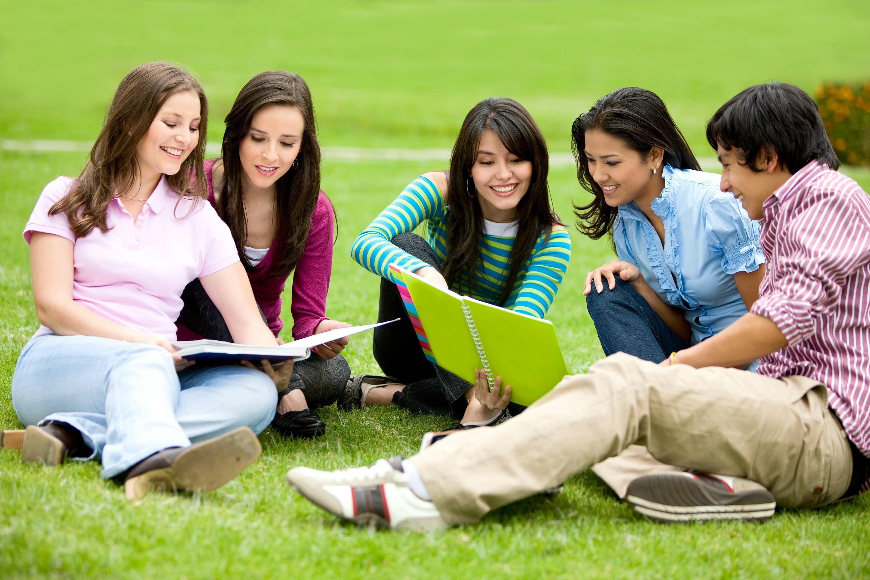 Menjadi Mahasiswa Berprestasi