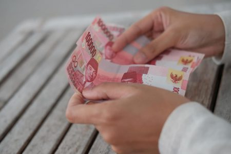 Hemat Uang Saat Kuliah