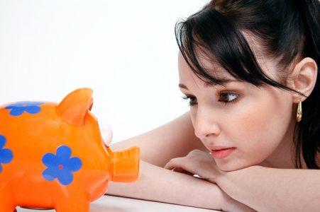 Uang Jajan Sering Habis? Lakukan 7 Cara Menghemat Uang untuk Pelajar