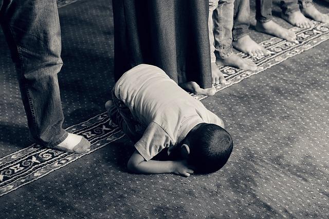 Anak Ikut Puasa Ramadan