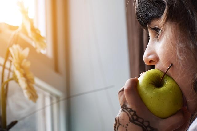 Mengenalkan Makanan Baru bagi Anak
