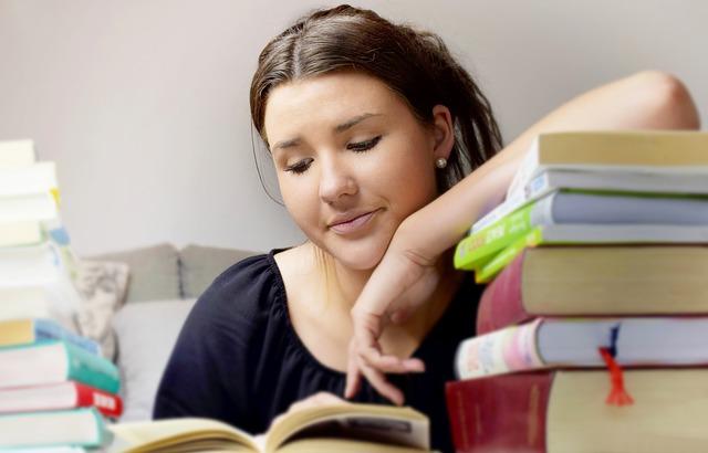Cara yang Bisa Dilakukan agar Anak Rajin Kerjakan PR